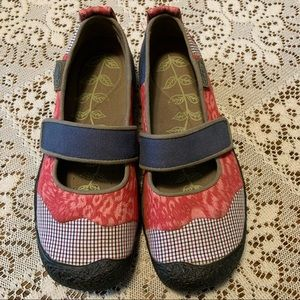 Keen Patchwork Mary Janes. Size 6.5
